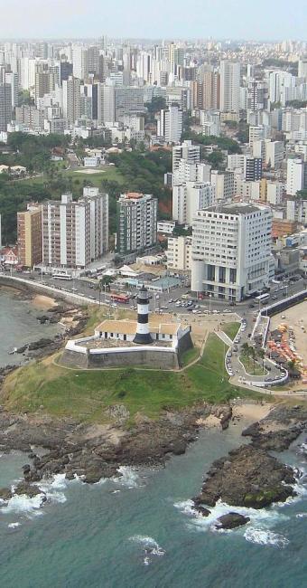 Estudo do IBGE colocou Salvador na última colocação entre as dez maiores cidades brasileiras - Foto: Adilton Venegeroles | AG. A TARDE