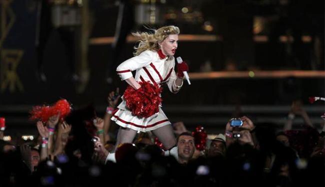 Apesar do atraso de 3 horas, Madonna encantou os fãs - Foto: Agência Reuters