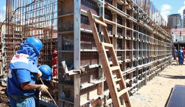 O setor da construção civil foi o que mais gerou empregos - Foto: Marco Aurélio Martins | Arquivo | Ag. A TARDE