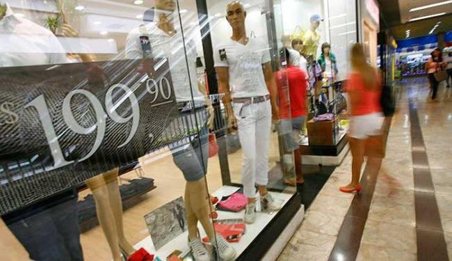 Consumidor deve fugir das armadilhas - Foto: Marco Aurélio Martins | Ag. A TARDE
