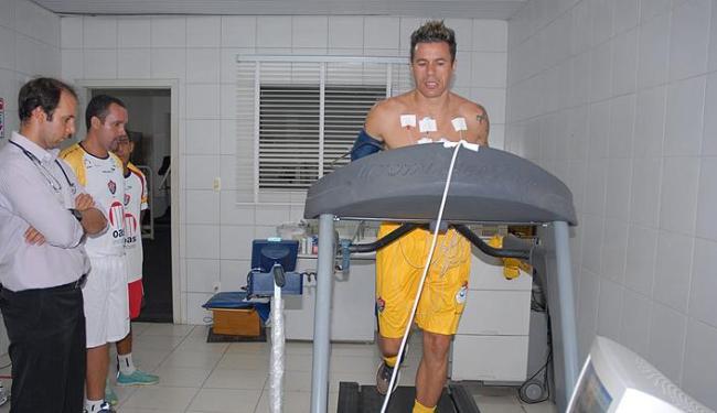 O volante Michel foi um dos atletas que compareceu ao primeiro dia da pré-temporada - Foto: Francisco Galvão / Divulgação