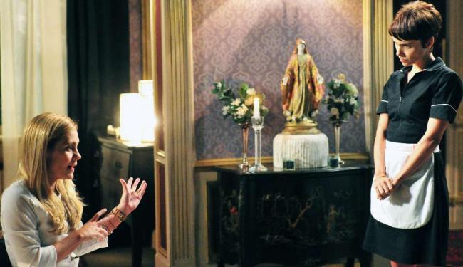 Os conflitos entre Nina e Carminha, na novela Avenida Brasil, foram destaques da TV em 2012 - Foto: João Miguel Júnior   TV GLOBO /