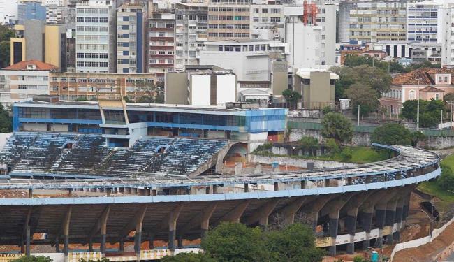 Registro feito em 29/8/2010, mesmo dia da implosão da antiga Fonte Nova - Foto: Lúcio Távora | Arquivo | Ag. A TARDE