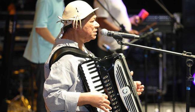 O cantor está internado desde 17 de dezembro - Foto: Vaner Casaes | Ag. A TARDE