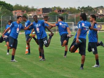Elenco tricolor volta ao batente e participa de primeiro treino para iniciar a temporada 2013 - Foto: Esporte Clube Bahia | Divulgação