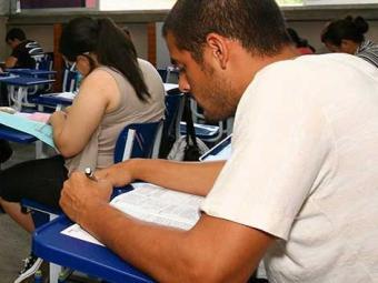 Todo texto deve ser muito bem planejado, diz professora - Foto: Joá Souza | Ag. A TARDE