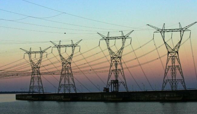 O total da potência das térmicas equivale a uma Usina de Itaipu - Foto: Tiago Queiroz | AE