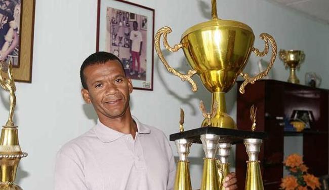 Juazeirense Lourival Quirino virou técnico - Foto: Ivan Cruz| Ag. A TARDE Data: 07/01/10