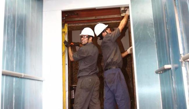 Única cabine em funcionamento teve de ser interditada para que técnicos fizessem manutenção - Foto: Lúcio Távora | Ag. A TARDE