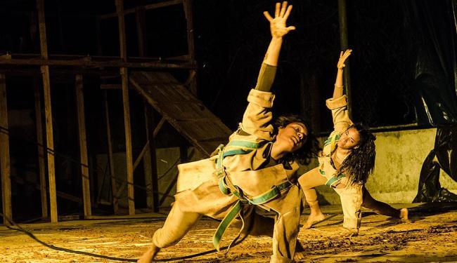 A Cia de Dança Jorge Silva apresenta o espetáculo Em Breve, espaço curto de tempo - Foto: André Frutuôso I Divulgação