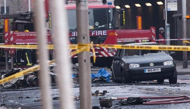 Área onde a aeronave caiu, no centro de Londres, foi isolada - Foto: AFP