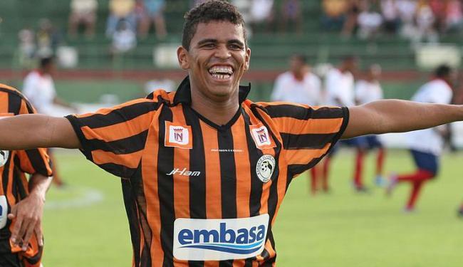 Sassá foi arilheiro do Campeonato Baiano em 2010 e 2011 pelo Feirense - Foto: Reginaldo Pereira / Ag. A Tarde