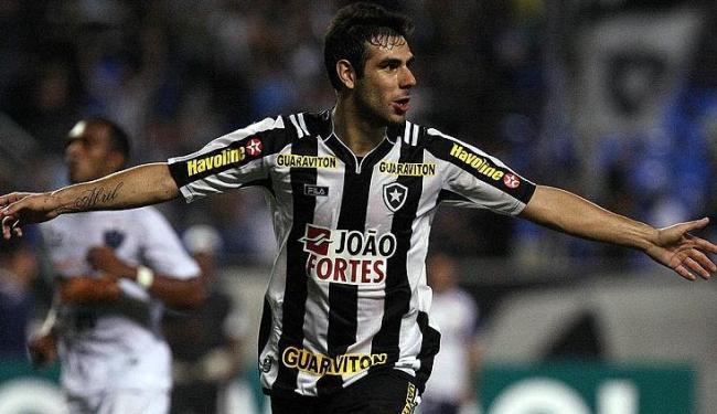 Herrera depende da chegada de sua documentação para o anúncio oficial de sua contratação - Foto: Fábio Castro/AGIF