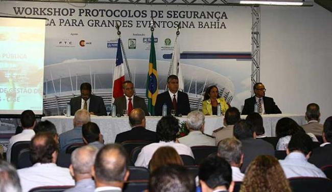 Secretário anuncia verba de R$ 130 milhões para a construção do Cige - Foto: Fernando Amorim | Ag. A TARDE