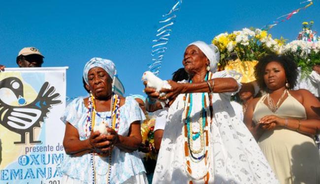Tradição de presentes para Yemanjá se renova em Itaparica - Foto: Divulgação
