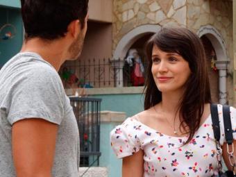Carolina sente ciúmes do romance de Zenon e Charlô - Foto: Divulgação