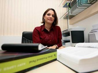 Muitos destes cargos exigem um perfil bastante específico, avisa a professora de direito - Foto: Mila Cordeiro | Ag. A TARDE