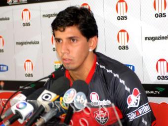 Com contrato de empréstimo de mais um ano, Victor Ramos diz querer entrar para a história do Vitória - Foto: Esporte Clube Vitória   Divulgação