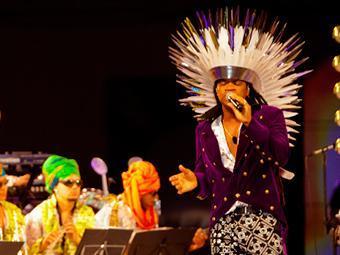 Carlinhos Brown não participa do tradicional arrastão da Quarta de Cinzas - Foto: Tiago Dantas   Divulgação