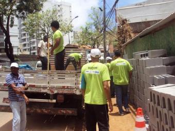 Agentes da Sucom em fiscalização das obras - Foto: Divulgação| AGECOM