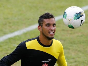 O goleiro Douglas do Vitória treina na Toca do Leão. - Foto: Gildo Lima | Ag. A TARDE