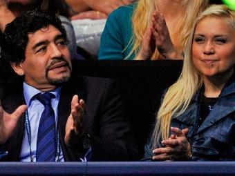 Gravidez provocou trocas de insultos entre Ojeda e a ex-mulher de Maradona, Claudia Villafane - Foto: Agência AFP