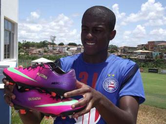 Jovem atacante de 20 anos é emprestado pelo Bahia e vai disputar o Campeonato Carioca - Foto: Esporte Clube Bahia | Divulgação