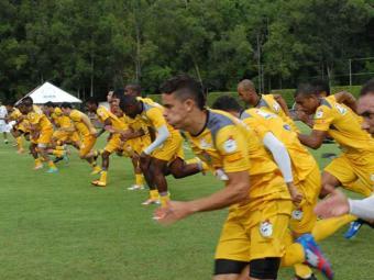 Para chegar em alto nível no Campeonato Baiano, elenco rubro-negro treina puxado na Toca do Leão - Foto: Esporte Clube Vitória | Divulgação