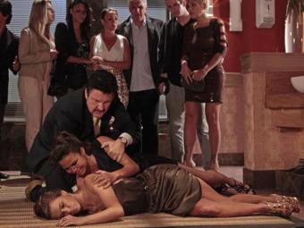 Jéssica (Carolina Dieckmann) é encontrada morta em cena que foi ao ar dia 22 de janeiro - Foto: TV Globo | Divulgação