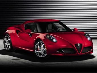 Alfa Romeo 4C acelera de 0 a 100km/h em 4,5 segundos - Foto: Divulgação