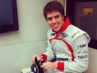 Piloto baiano Luiz Razia pode ficar de fora da Fórmula 1 em 2013, por pendência com patrocinador - Foto: Instagram Luiz Razia / Reprodução