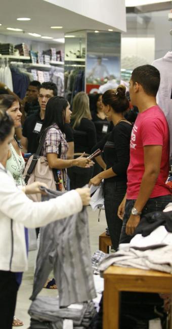 Os lojistas trabalharão em esquema diferenciado durante o carnaval - Foto: Luciano da Matta | Ag. A TARDE