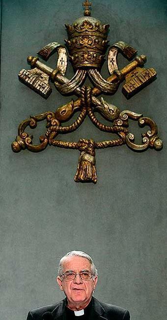 Segundo Pe. Lombardi, porta-voz do Vaticano, Bento XVI não crê em cisma após renúncia - Foto: Agência EFE