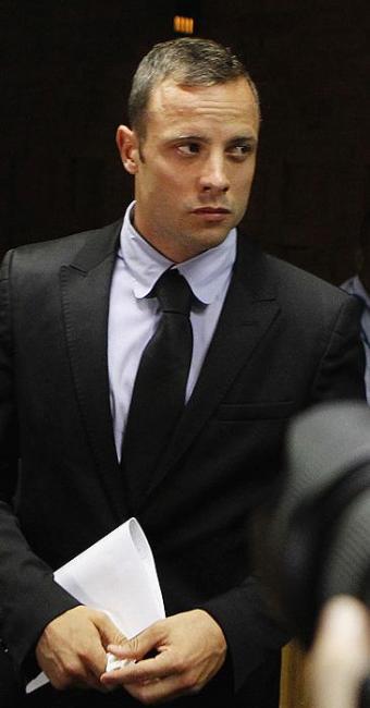 Depoimento de Pistorius diz que ele e a namorada haviam passado uma noite tranquila - Foto: Siphiwe Sibeko | Agência Reuters