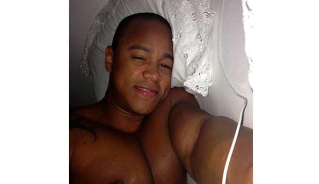 Léo Santana não conseguiu dormir depois de puxar o bloco na Barra - Foto: Reprodução | Instagram