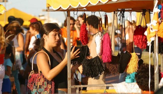 Feira reúne peças de Salvador e cidades do interior - Foto: Xando P. | Ag. A Tarde