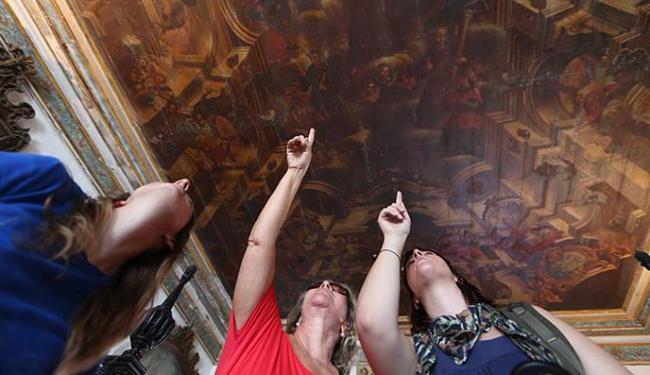 Acervo religioso de Salvador é programa cultural indicado para turistas e moradores - Foto: Raul Spinassé / Ag. A TARDE