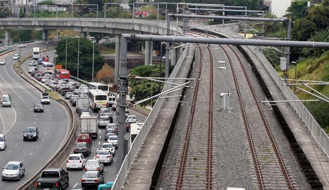 Trecho do metrô de Salvador na região da futura Estação Bonocô - Foto: Lúcio Távora   Ag. A TARDE