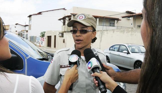 A soldado Vanderlúcia diz nunca ter socorrido vítimas de estupro tão abaladas quanto as jovens - Foto: Joá Souza   Agência A Tarde
