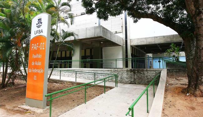 Assalto aconteceu no Pavilhão de Aulas da Federação (PAF-I) - Foto: Fernando Amorim   Agência A TARDE