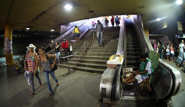 Problema crônico: Lapa sem escadas rolantes - Foto: Lúcio Távora | Ag. A TARDE