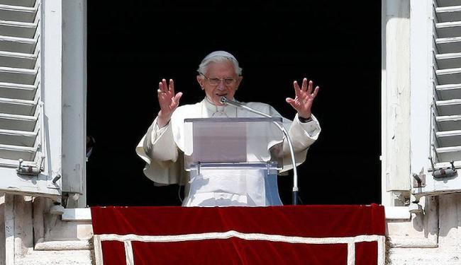 Primeiro Papa a renunciar em 700 anos, Bento XVI deixará o Vaticano de helicóptero - Foto: Agência Reuters