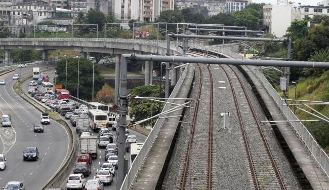Iniciada há 14 anos, a construção do metrô é executada pelo consórcio Metrosal - Foto: Lúcio Távora | Ag. A TARDE