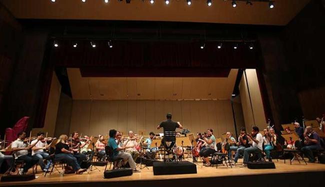 Os músicos da Osba ensaiam para o início da temporada 2013 - Foto: Lúcio Távora | Ag. A TARDE