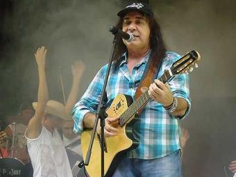 Zelito canta forró gratuitamente no Parque - Foto: Divulgação