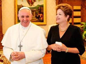 Dilma foi primeira chefe de Estado a ser recebida pelo papa após missa inaugural do pontífice - Foto: Agência EFE