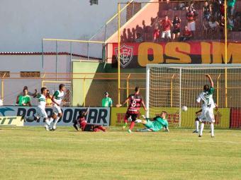 Nicácio marca mais um e garante triunfo que mantém o Vitória com de aproveitamento 100% no Baianão - Foto: Ivan Cruz | BA Press