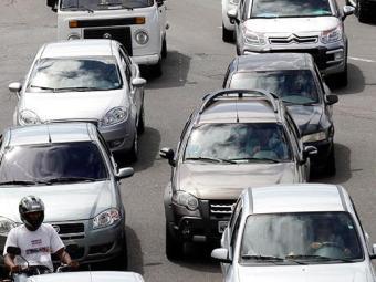 Soteropolitano enfrenta trânsito lento - Foto: Lúcio Távora | Ag. A TARDE