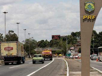 PRF pede atenção dos motoristas em trechos perigosos nas BRs - Foto: Mila Cordeiro   Ag. A TARDE