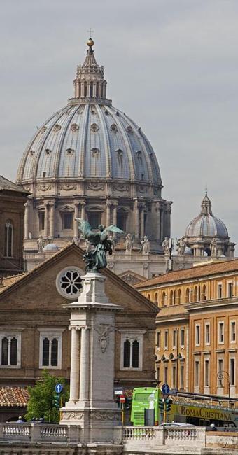 Cardeais sentem a falta de um Papa com o carisma de João Paulo II - Foto: Enit | Divulgação